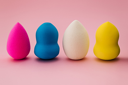 How do you use a beauty blender? Learn how to master it!