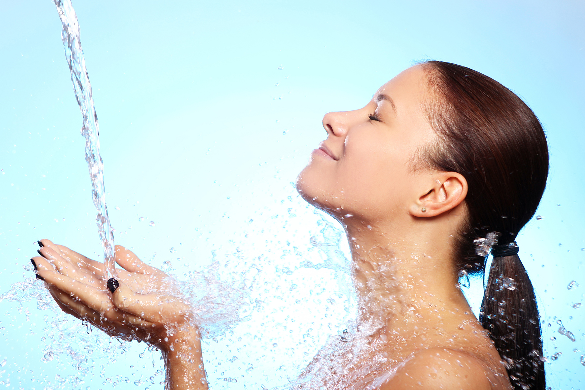 What Does Your Skin Need More than Anything Else? Hydration!