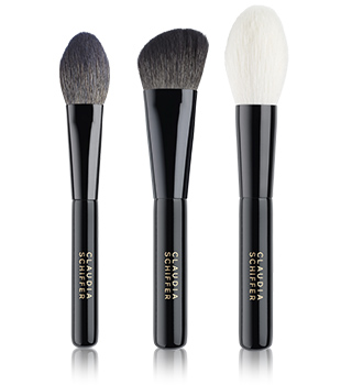 Claudia Schiffer Make Up Makeup brushes